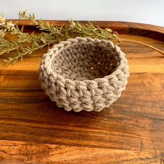 Mini crochet storage basket pearl