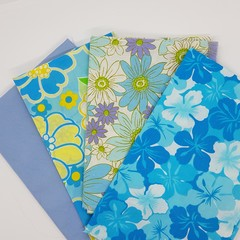 Fat Quarter Packs 4 pieces Vintage and Newer quilting fabrics