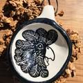 Ceramic scoops
