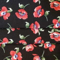 Red Poppies Pleated Facemask
