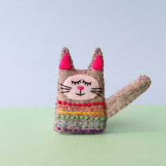 Rainbow felt cat brooch, sleepy tabby cat, animal pin, handmade grey kitten