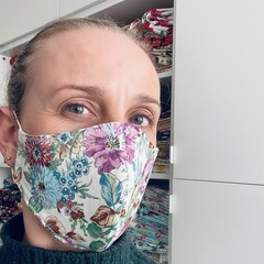 ~ Cotton Face Mask ~ Cream Floral ~ 3 layers