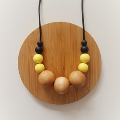 Lemon and Black Beaded Ladies Necklace