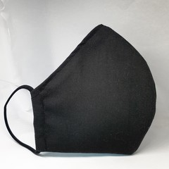 Black fitted mens face mask