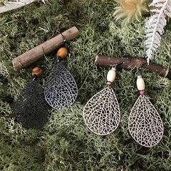 Filigree Leaves Earrings - Black or Beige - Wood - Boho - Per Pair