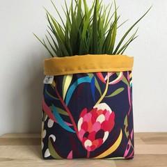 Small fabric planter | Storage basket | NAVY PROTEA