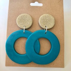 White gold and turquoise dangles - Polymer clay earrings
