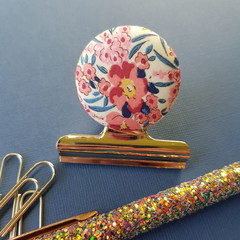 Pink Swirling Petals Liberty Magnetic Bulldog Clip