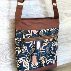 Cross Body  Bag - Shoulder Bag - Handbag - Black Cockatoos