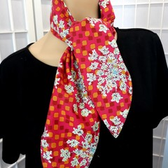 Ruby Pocket Scarf Fuji floral