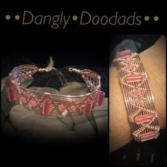 Rosegold & Pink Glass Cuff