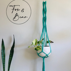 Macrame plant hanger. Design LOTUS