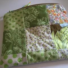 READY TO SHIP patchwork fabric zipper pouch flower green zippered