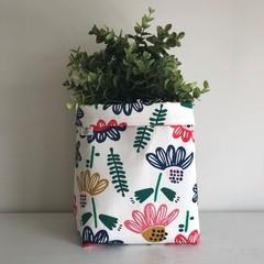 Large fabric planter | Storage basket | Pot cover | FLORAL
