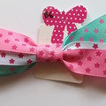 Triple layer large star bow.