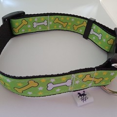 Light green bone pattern adjustable dog collars medium / large