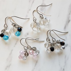 Minimal Small glass bead Flower drop earrings , Silver pink Black Clear Blue