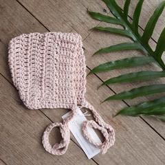 Newborn Crochet Baby Bonnet
