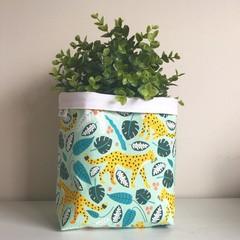 Large fabric planter | Storage basket | Pot cover | LEOPARDS