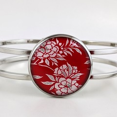 Women's round resin silver cuff bracelet bangle red white floral Japanese flower