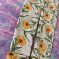 Daisies girls size 3 full length leggings