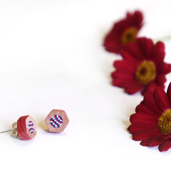 "Lupidupi stud earrings ""RUBY"" - handmade from multicolored pencils - great gift"