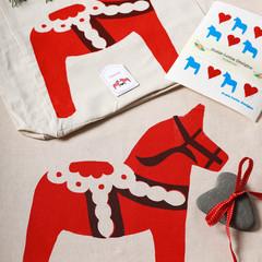 Swedish style Dala Horse ''Clean & Green'' gift pack