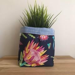 Small fabric planter | Storage basket | NATIVE FLOWERS