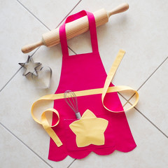 Butterbeans Cafe's Dazzle's apron - toddler girls pink/yellow apron