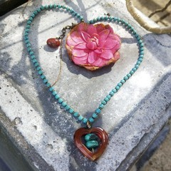 Howlite necklace with red agate heart & natural turquoise central beads.