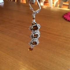 Beaded earrings. Dangle beaded earrings.