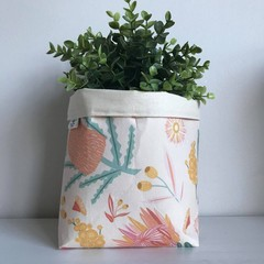 Large fabric planter | Storage basket | Pot cover | NATIVE FLOWERS