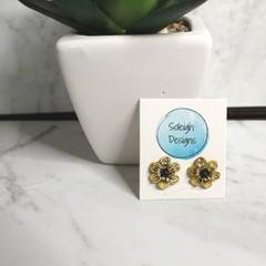 Gold flower bead stud earrings