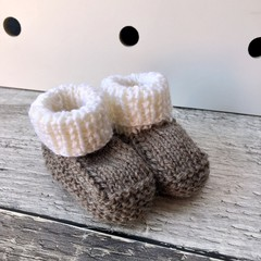 Baby Booties Hand Knitted in Natural Brown/Cream Pure Wool, for 0-3 months