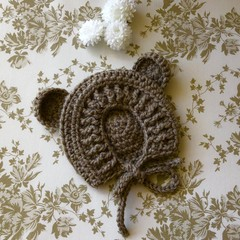 Crocheted baby bonnet with bear ears - size 0-3 months