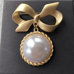 Vintage Simulated Pearl Brooch For Women Art Deco Aesthetic Gift Her