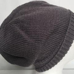 Unisex adult hand knit Slouch/beanie Cel wool alpaca silk sew-ezy Aus 1/1