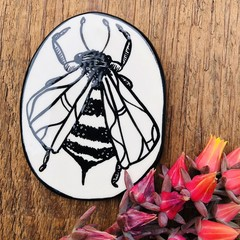 Wall Hanging  Bee 🐝 small
