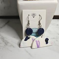 Blue patterned arch earrings