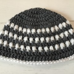 Crocheted Hat Featuring Puff Stitch