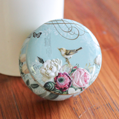 #3 floral/bird tin soy candle -small