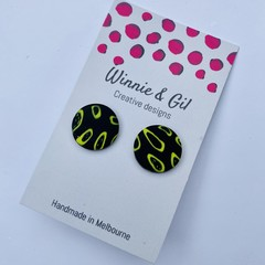 black and wasabi studs
