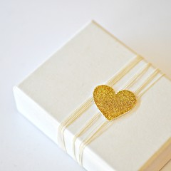 Gold Glitter Seals {20} | Gold Heart Seals | Gold Wedding Engagement Seals