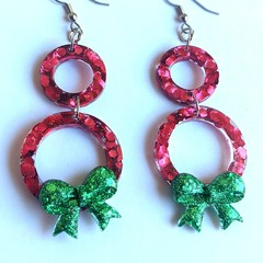 GIVIT CHRISTMAS DRIVE: Chrissy resin statement dangles collection: