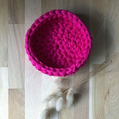 Crochet basket | MULTIPLE SIZES | FUCHSIA