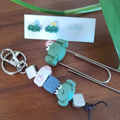 Frog gift set - Earrings, keyring & bookmark