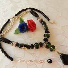 Black - Green & chain Necklace