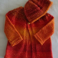 Pure wool hand knitted cardigan and beanie, suit 2-3 years