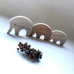 Toys of Wood - Natural Wooden Elephant set