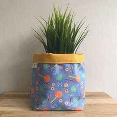 Small fabric planter | Storage basket | Pot cover | BLUE FLORAL